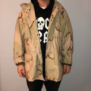 Other - AUTHENTIC DESERT CAMO ARMY COAT